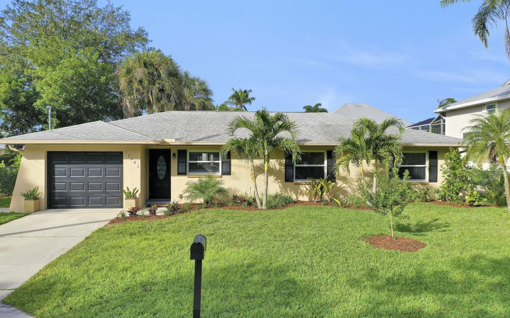 27261 Galleon Dr, Bonita Springs - Home For Sale 1335383207