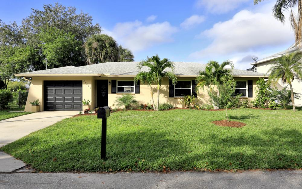 27261 Galleon Dr, Bonita Springs - Home For Sale 2023216739