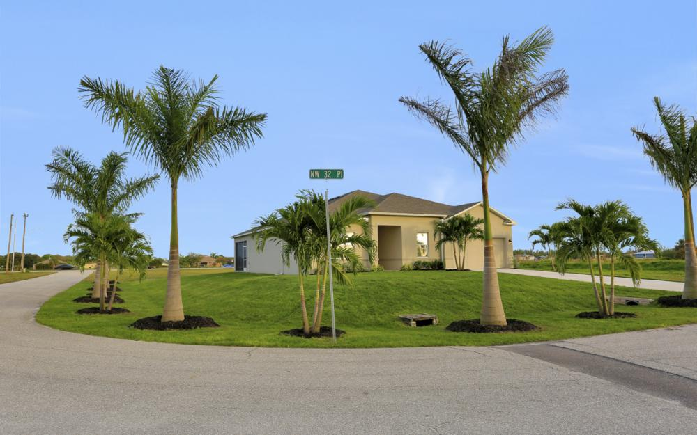 1639 NW 32nd Pl, Cape Coral - Home For Sale 1176957729