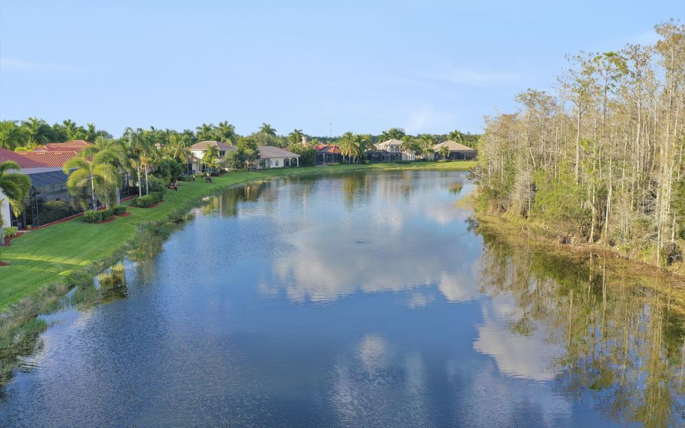 12551 Vittoria Way, Fort Myers - Home For Sale 108611840
