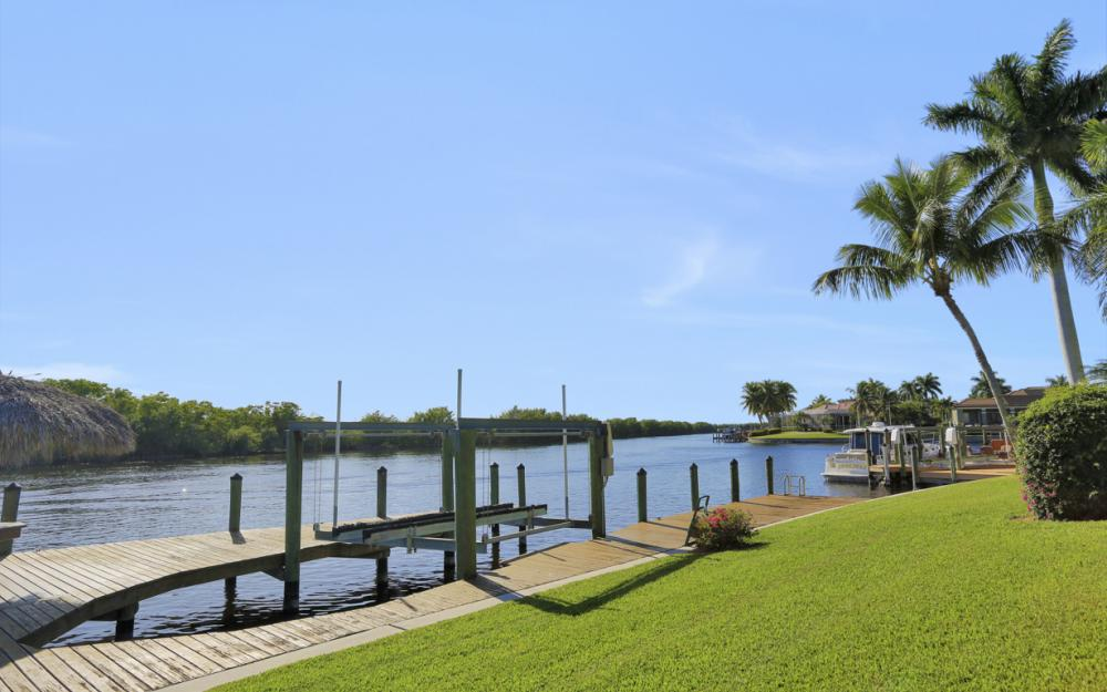1907 Harbour Cir, Cape Coral - Home For Sale 1654236911
