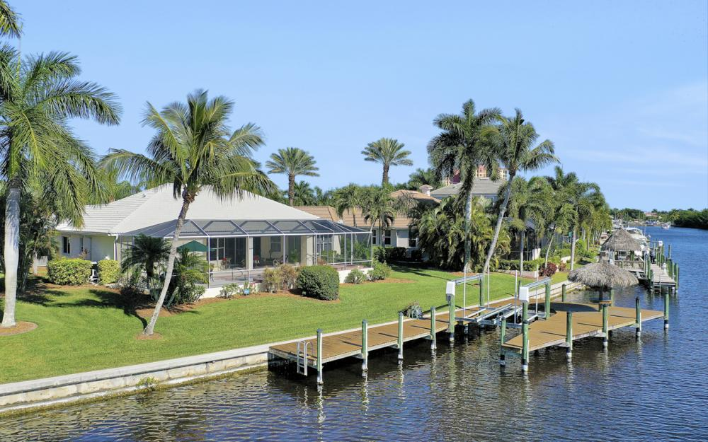 1907 Harbour Cir, Cape Coral - Home For Sale 1360677509