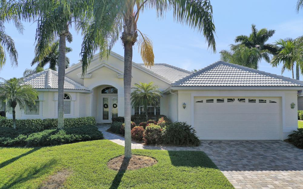1907 Harbour Cir, Cape Coral - Home For Sale 783400667