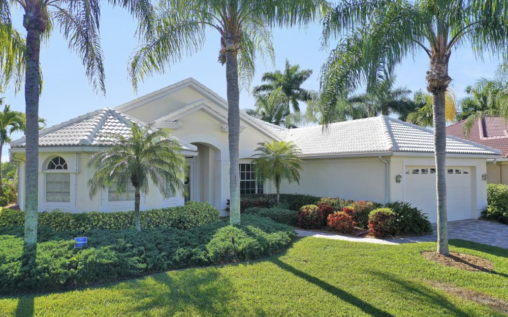 1907 Harbour Cir, Cape Coral - Home For Sale 1075895063