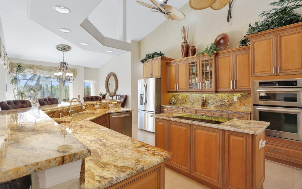 1905 Harbour Cir, Cape Coral - Luxury Home For Sale 520697115