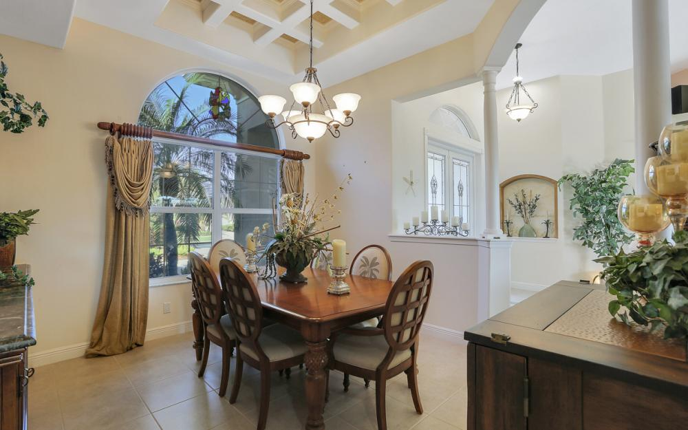 1905 Harbour Cir, Cape Coral - Luxury Home For Sale 52112175