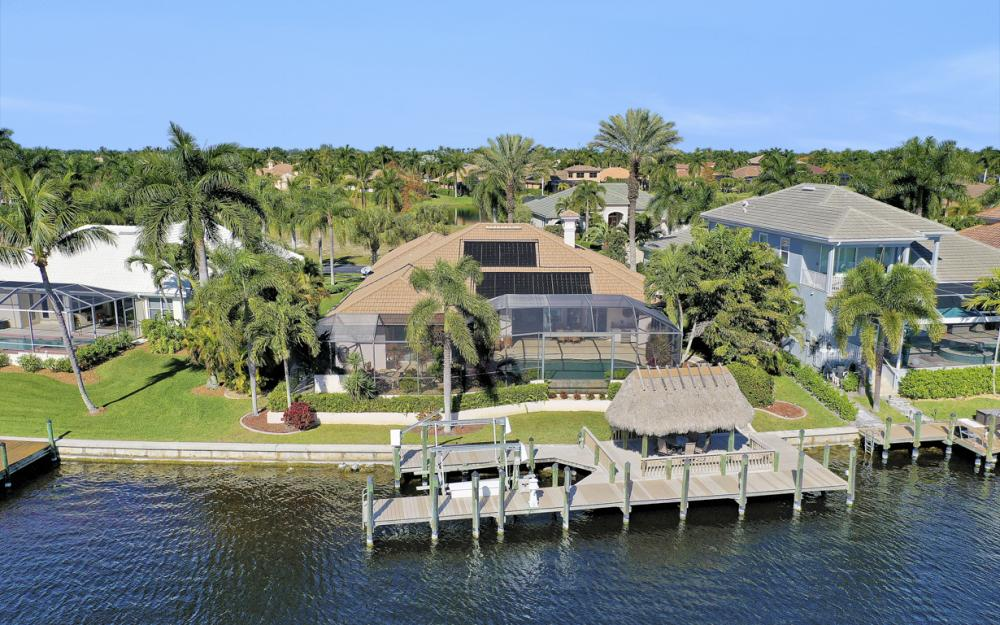 1905 Harbour Cir, Cape Coral - Luxury Home For Sale 2013069833