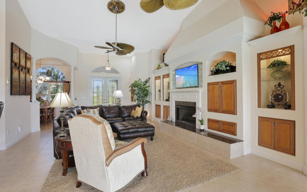1905 Harbour Cir, Cape Coral - Luxury Home For Sale 1232052344