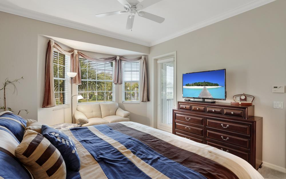 5085 Yacht Harbor Dr #203, Naples - Condo For Sale 1563068101