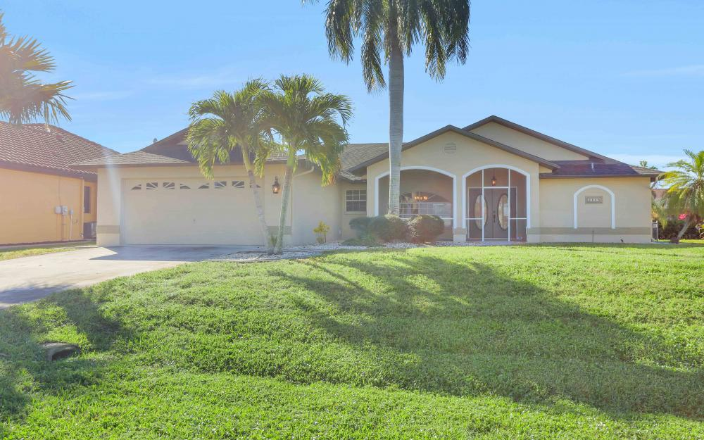 2118 SW 49th St, Cape Coral - Home For Sale 1355235680