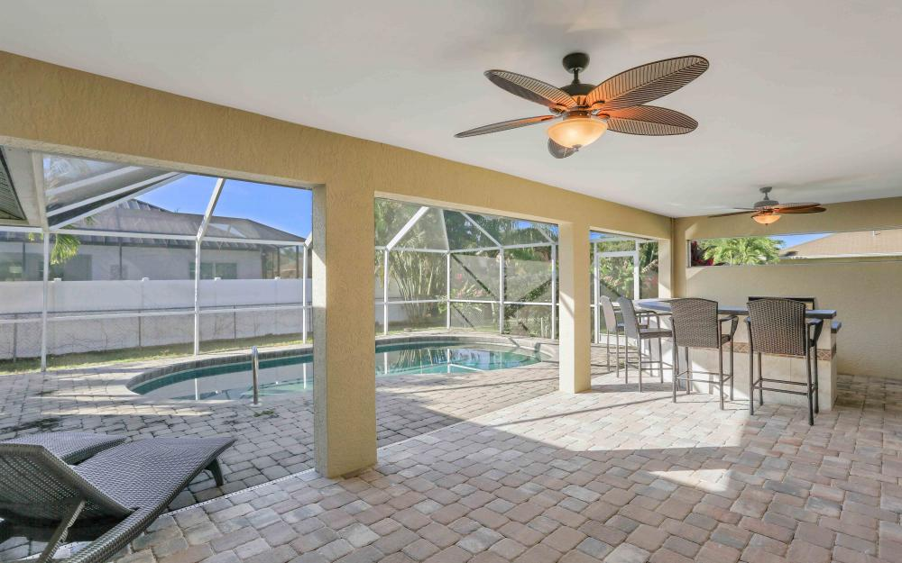 2118 SW 49th St, Cape Coral - Home For Sale 1535286608