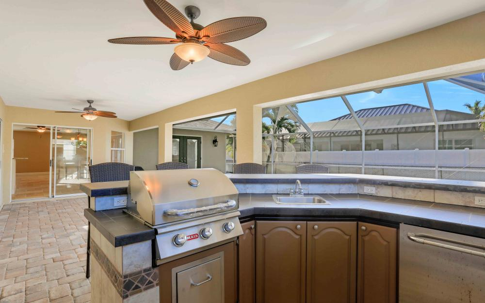 2118 SW 49th St, Cape Coral - Home For Sale 608794000