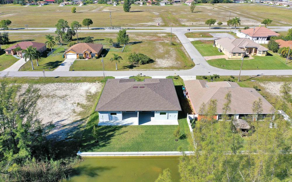 3505 SW 15th Pl, Cape Coral - Home For Sale 2098897057
