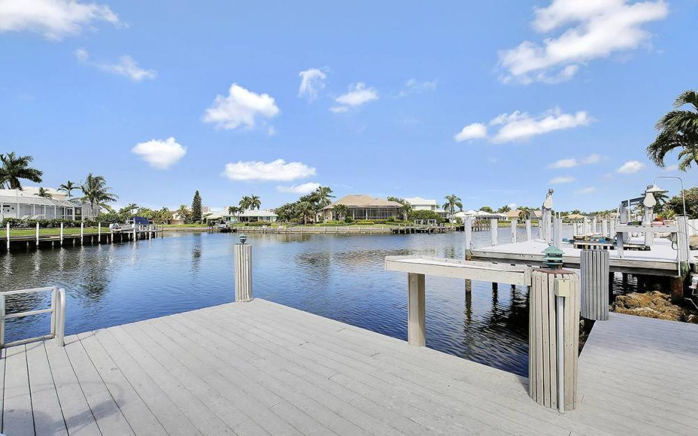 338 Edgewater Ct, Marco Island - House For Sale 1793907013