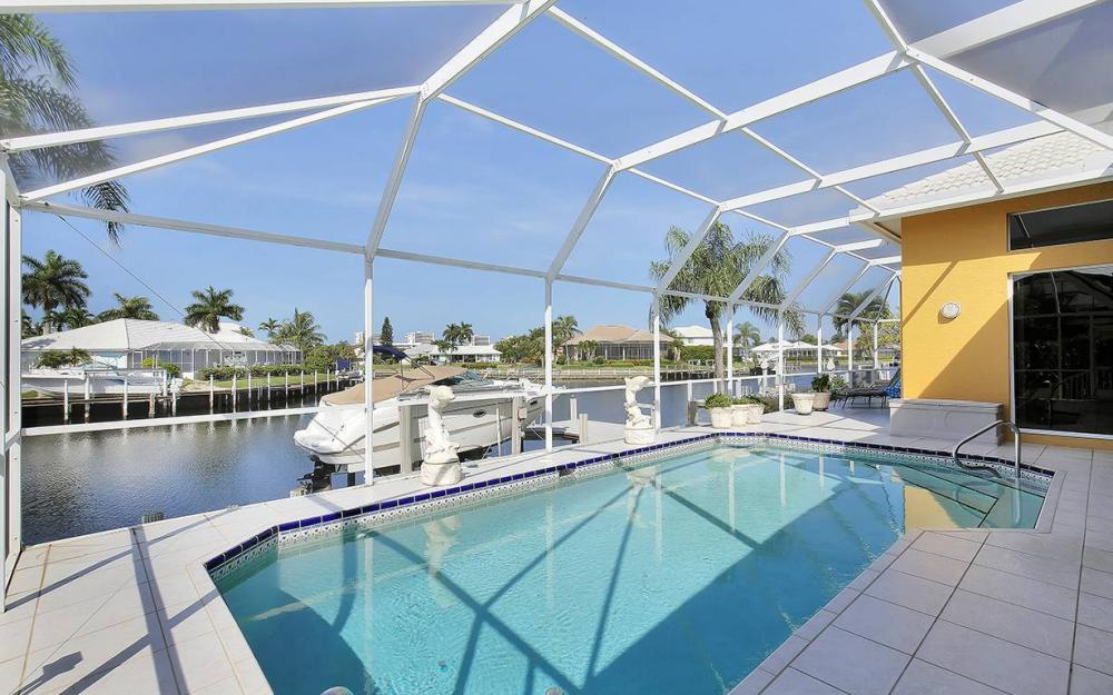 338 Edgewater Ct, Marco Island - House For Sale 788537469