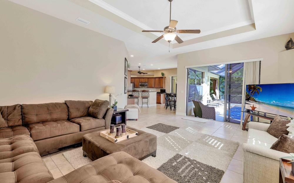 2400 SW 39th Ter, Cape Coral - Home For Sale 1795893007