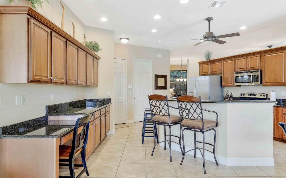 2400 SW 39th Ter, Cape Coral - Home For Sale 151207531
