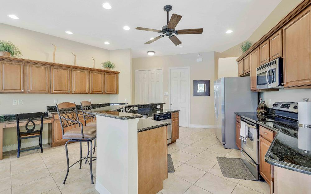2400 SW 39th Ter, Cape Coral - Home For Sale 249884391