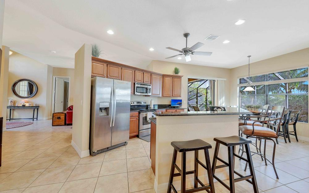 2400 SW 39th Ter, Cape Coral - Home For Sale 259509121