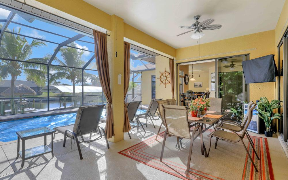 2400 SW 39th Ter, Cape Coral - Home For Sale 7015457