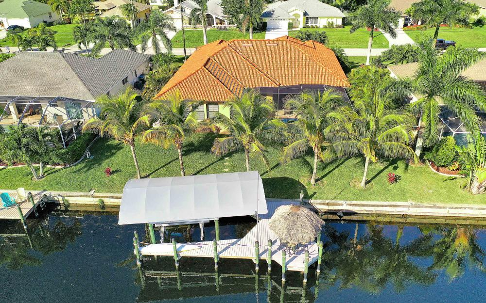 2400 SW 39th Ter, Cape Coral - Home For Sale 2072569884