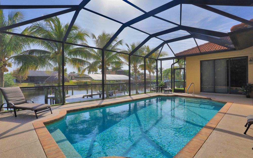 2400 SW 39th Ter, Cape Coral - Home For Sale 943575172