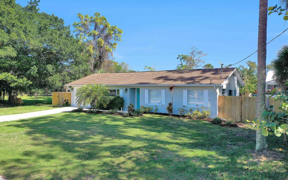 27051 Holly Ln, Bonita Springs - Home For Sale 2076299289