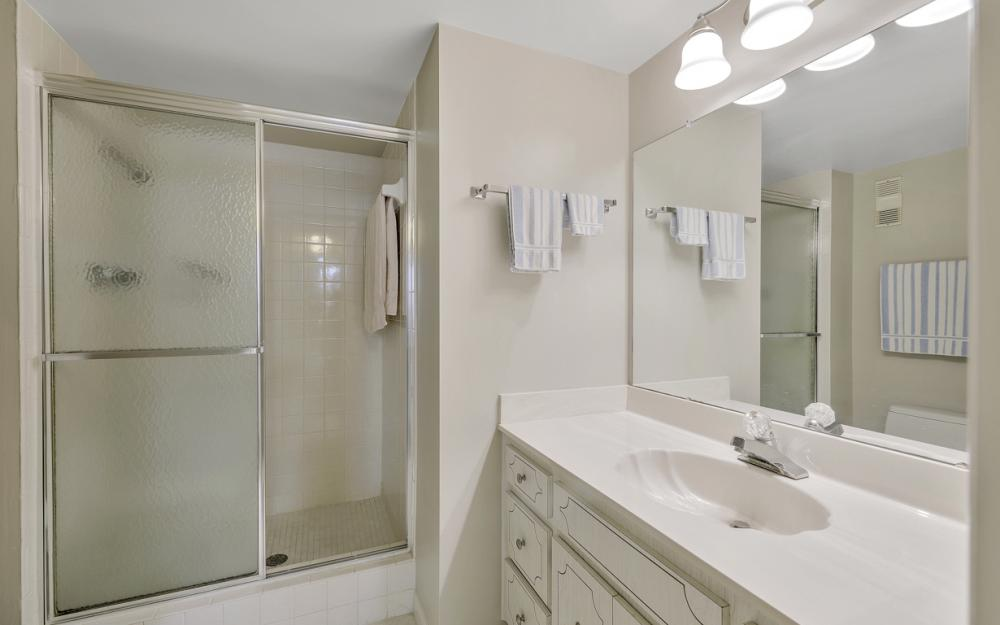 3490 N Key Dr #323, North Fort Myers - Condo For Sale 2147272177