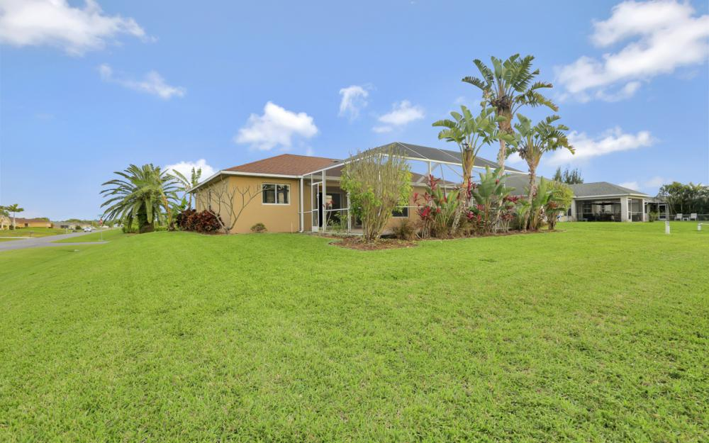 200 SW 13th Ave Cape Coral - Home For Sale 1951651862