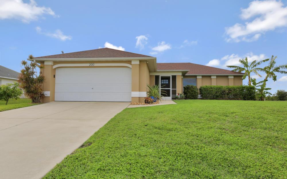 200 SW 13th Ave Cape Coral - Home For Sale 1399526917