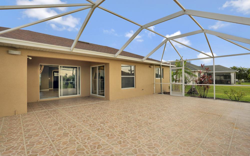 200 SW 13th Ave Cape Coral - Home For Sale 1581789011