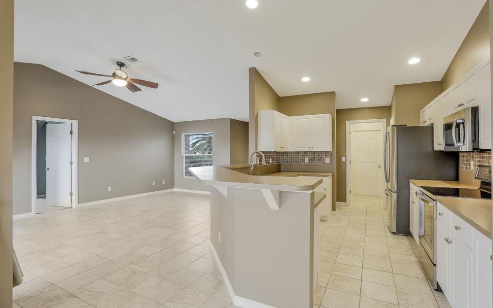 200 SW 13th Ave Cape Coral - Home For Sale 1721458719
