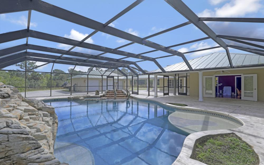 5601 Jackson Rd, Fort Myers - Home For Sale 1334751197