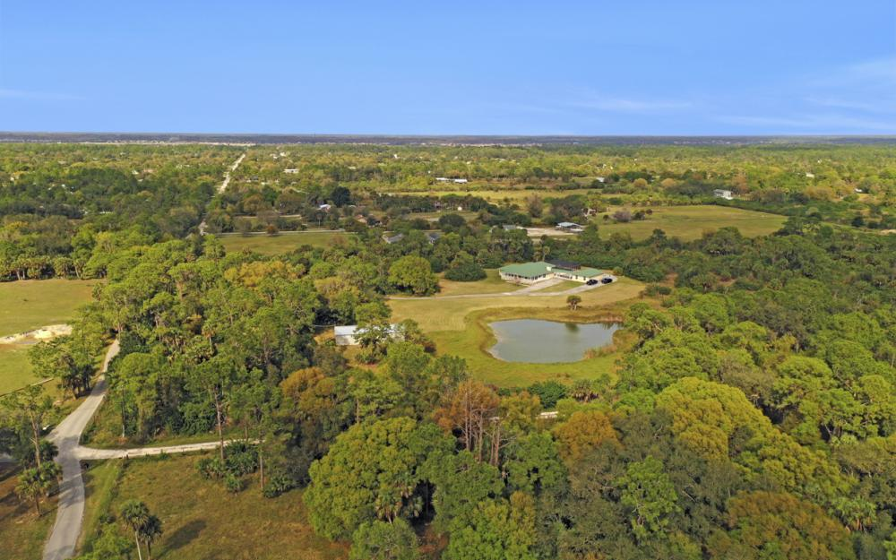 5601 Jackson Rd, Fort Myers - Home For Sale 307804506