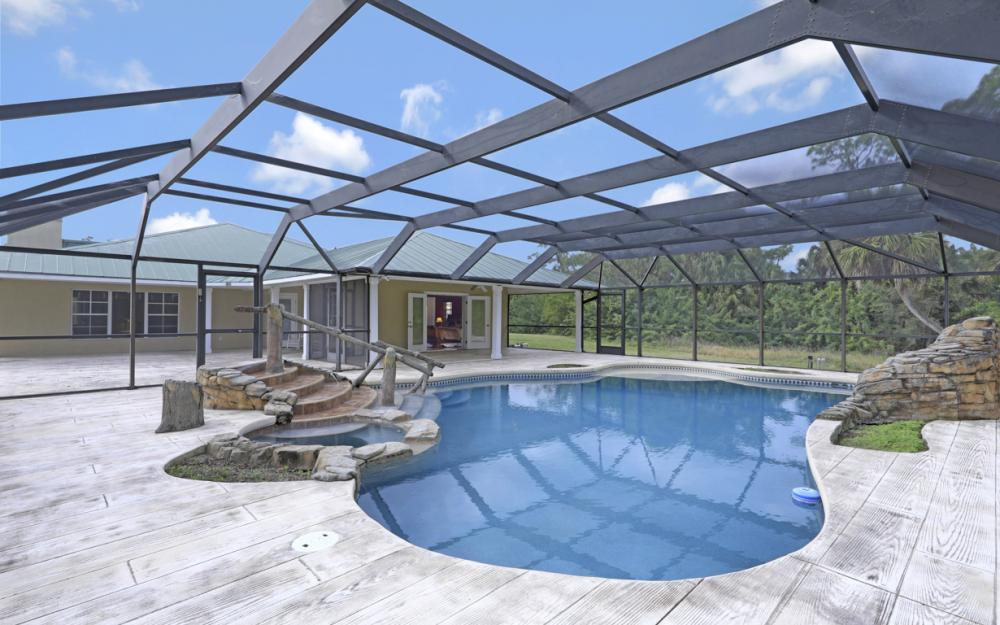 5601 Jackson Rd, Fort Myers - Home For Sale 608915553