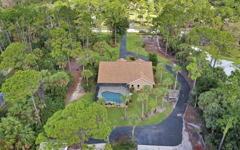 5980 Hidden Oaks Ln, Naples - Home For Sale 1170670004