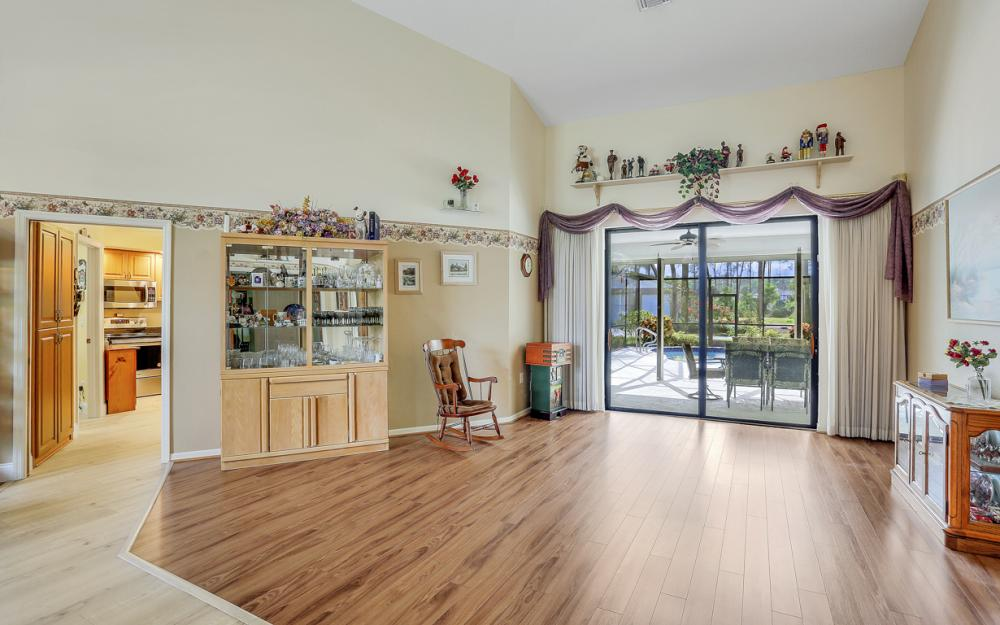 5980 Hidden Oaks Ln, Naples - Home For Sale 623482248