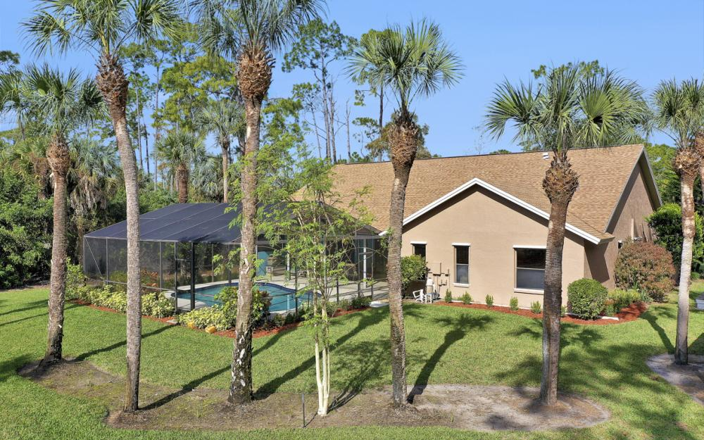 5980 Hidden Oaks Ln, Naples - Home For Sale 1139719607