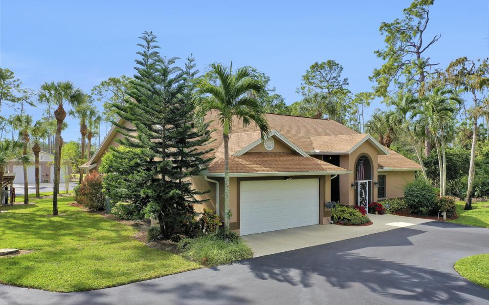 5980 Hidden Oaks Ln, Naples - Home For Sale 1185249351