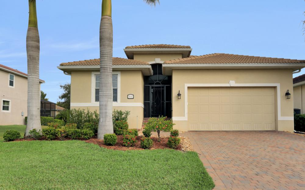 8116 Banyan Breeze Way, Fort Myers - Home For Sale 1877444838