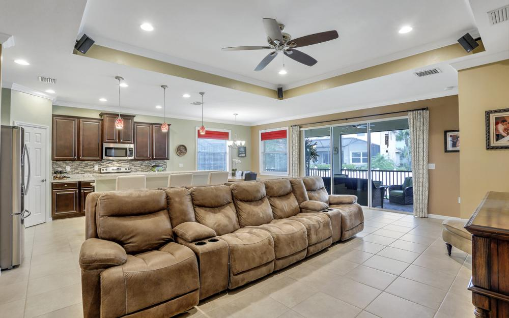 8116 Banyan Breeze Way, Fort Myers - Home For Sale 1557193744