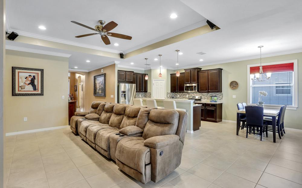 8116 Banyan Breeze Way, Fort Myers - Home For Sale 725373207