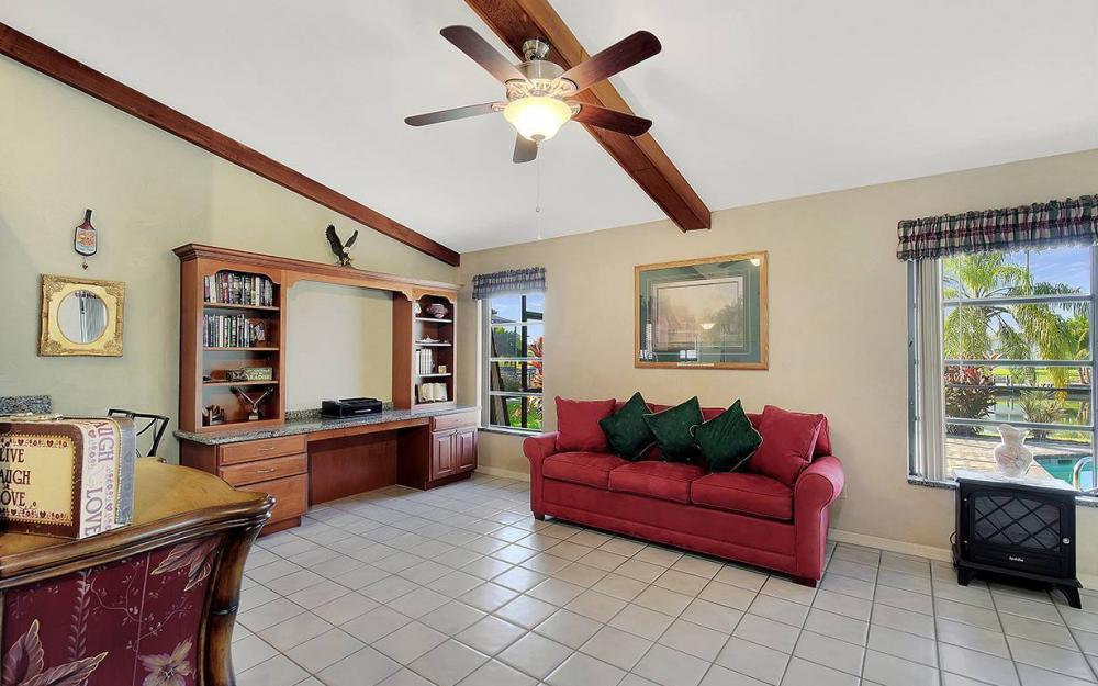908 SE 24th St, Cape Coral - House For Sale 15255331
