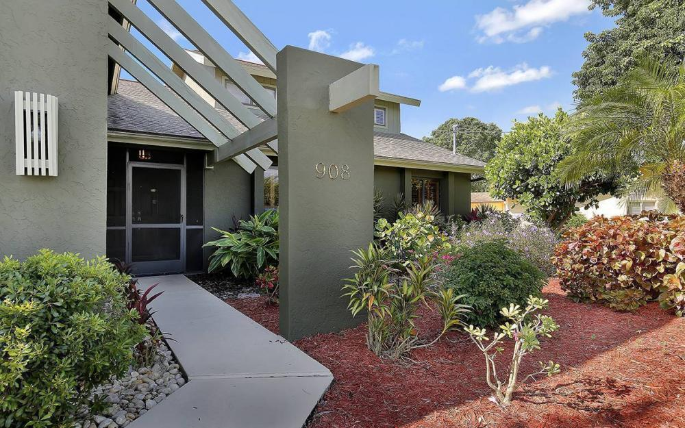 908 SE 24th St, Cape Coral - House For Sale 1448717653