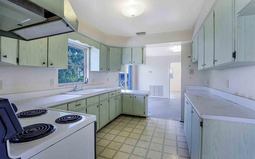 16 Pepita St, Fort Myers Beach - Home For Sale 1068970086