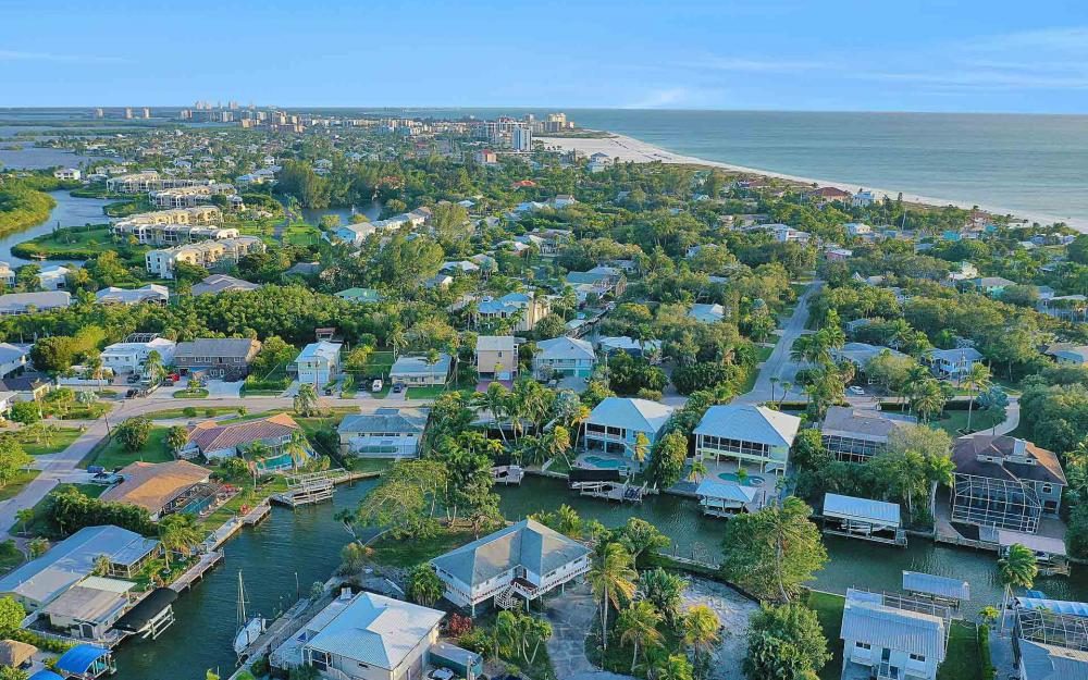 16 Pepita St, Fort Myers Beach - Home For Sale 690552678