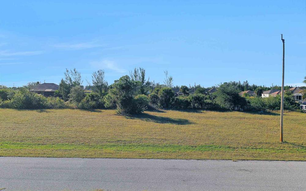 2322 NW 37th Pl, Cape Coral - Lot For Sale 2011232497