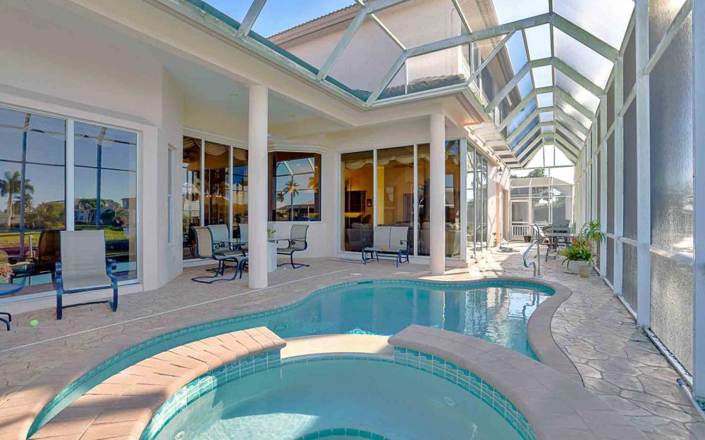 1870 Woodbine Ct, Marco Island - Home For Sale 561756043