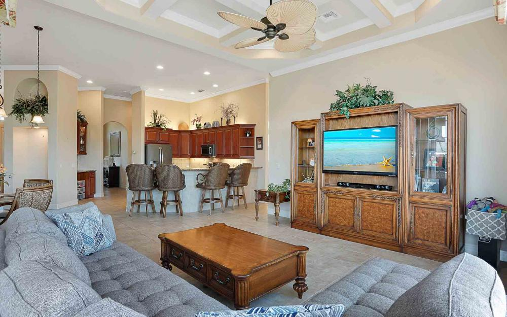 1870 Woodbine Ct, Marco Island - Home For Sale 1285988435