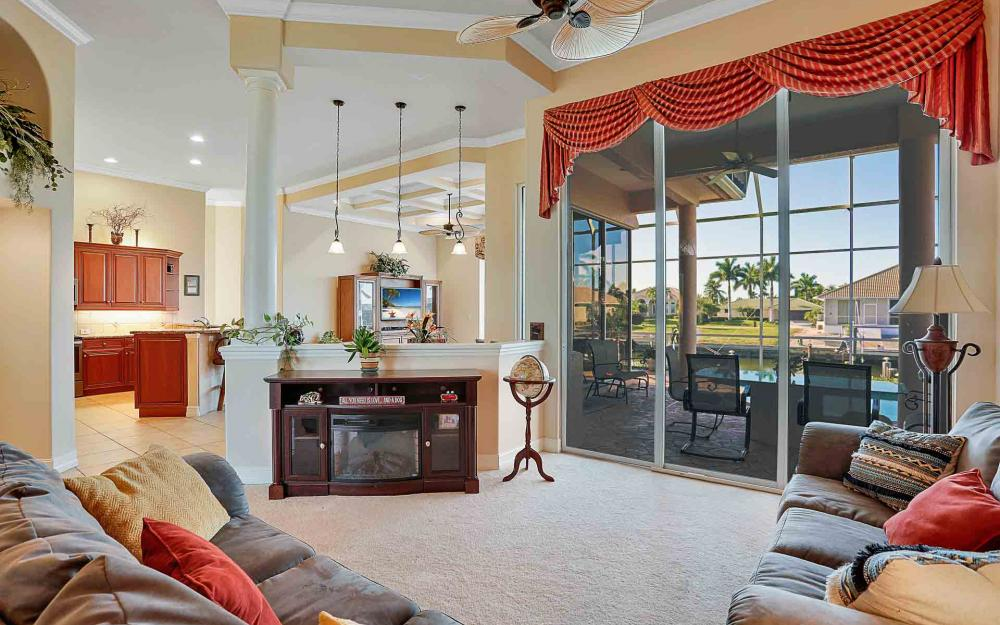 1870 Woodbine Ct, Marco Island - Home For Sale 1980692013